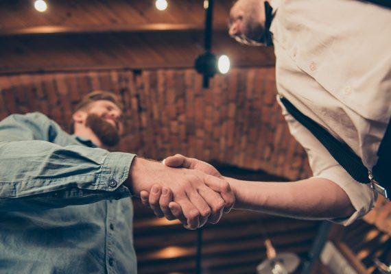 Como contratar fornecedores de qualidade para seu negócio?