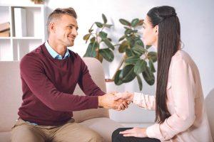 Como encontrar fornecedores comprometidos