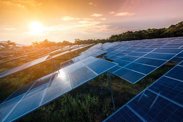 Ganhe dinheiro revendendo energia solar