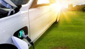 carros elétricos são alternativa para a alta dos combustíveis