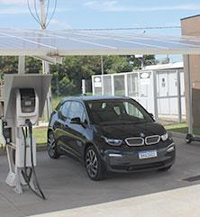 Garagem Solar e Carro eletrico