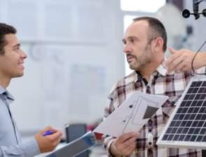 Como vender sistemas fotovoltaicos: 7 dicas para ter sucesso!